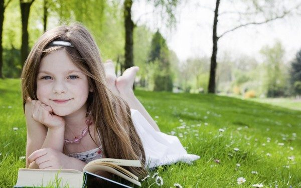 Leer a tus hijos tiene sus ventajas