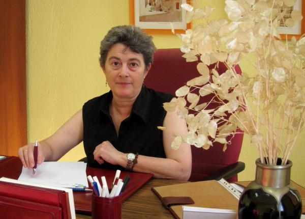Alicia en su consulta en San Francisco Javier, 24